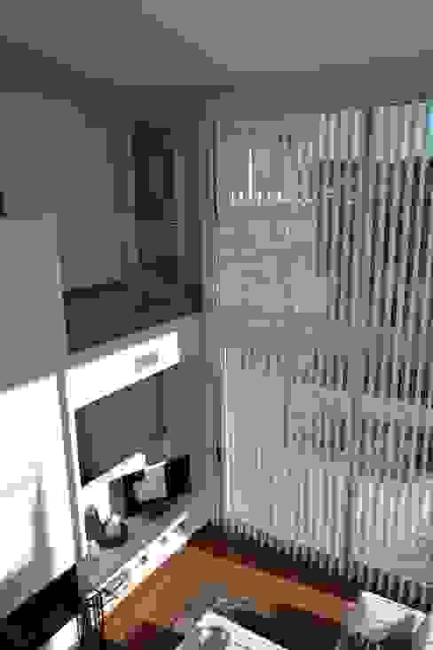 Vivienda Unifamiliar en Rubí Salones de estilo moderno de SRS Arquitectura y Urbanismo SLP Moderno