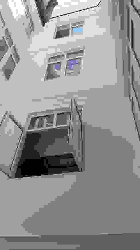 Ahumada Construcciones y Rehabilitación S.L Fenêtres en PVC Plastique Blanc