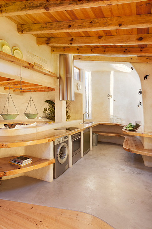 pedro quintela studio Country style kitchen Wood effect