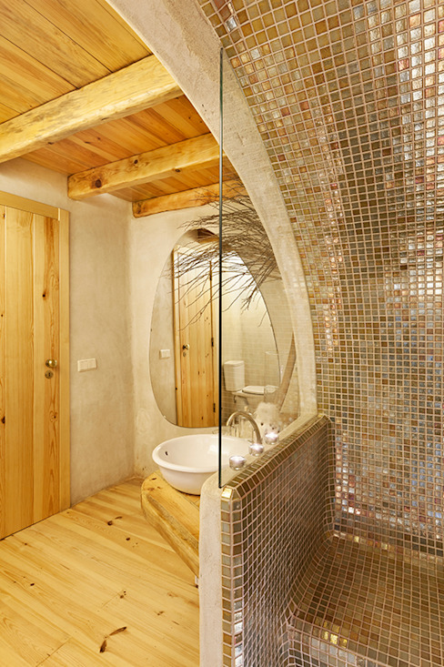 pedro quintela studio Country style bathroom Wood effect