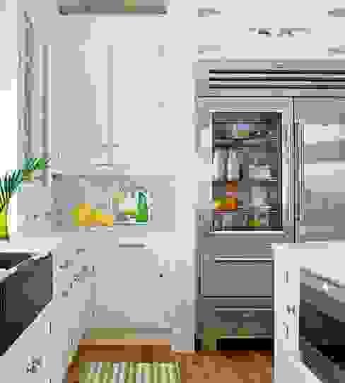 1.) Der Kühlschrank: modern  von BOOK A TIGER,Modern