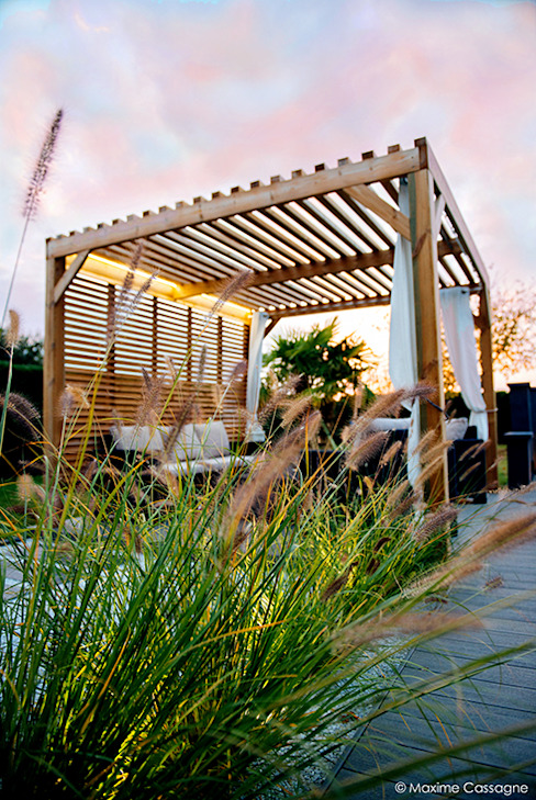 Modern garden by E/P ESPACE DESIGN - Emilie Peyrille Modern