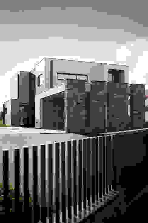 di AD+ arquitectura Moderno Pietra
