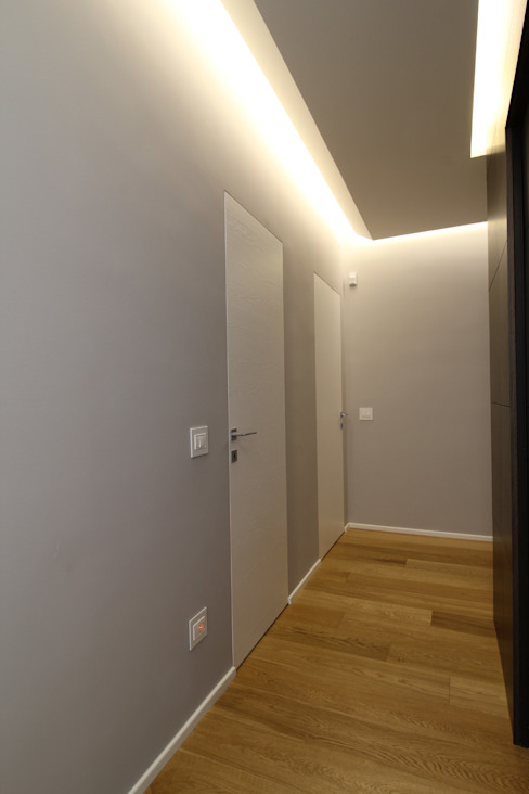 Modern corridor, hallway & stairs by Giuseppe Rappa & Angelo M. Castiglione Modern