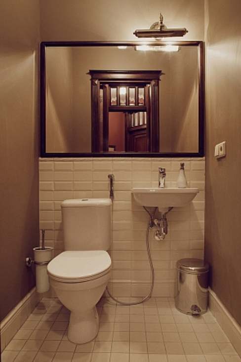 Classic style bathroom by Студия братьев Жилиных Classic