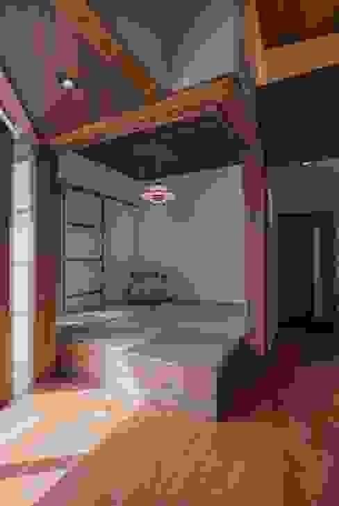 에클레틱 거실 by 空間設計室/kukanarchi 에클레틱 (Eclectic)