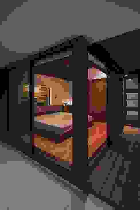 에클레틱 침실 by 空間設計室/kukanarchi 에클레틱 (Eclectic)