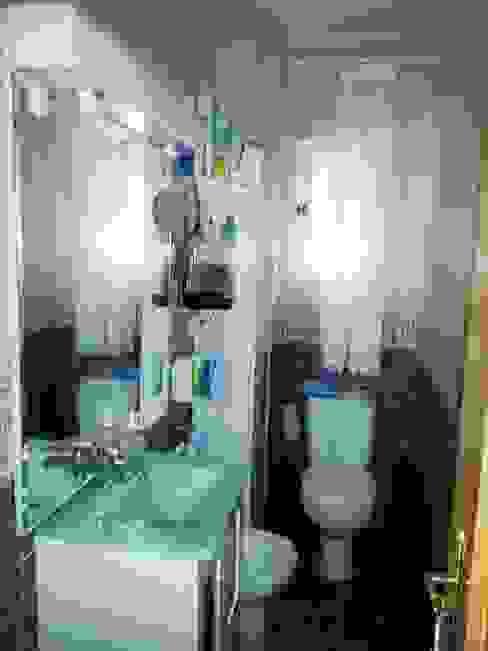 Antes de la reforma. Vista del cuarto de baño de Arquigestiona Reformas S.L.