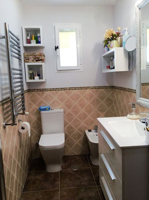 Vista del cuarto de baño después de la reforma de Arquigestiona Reformas S.L.