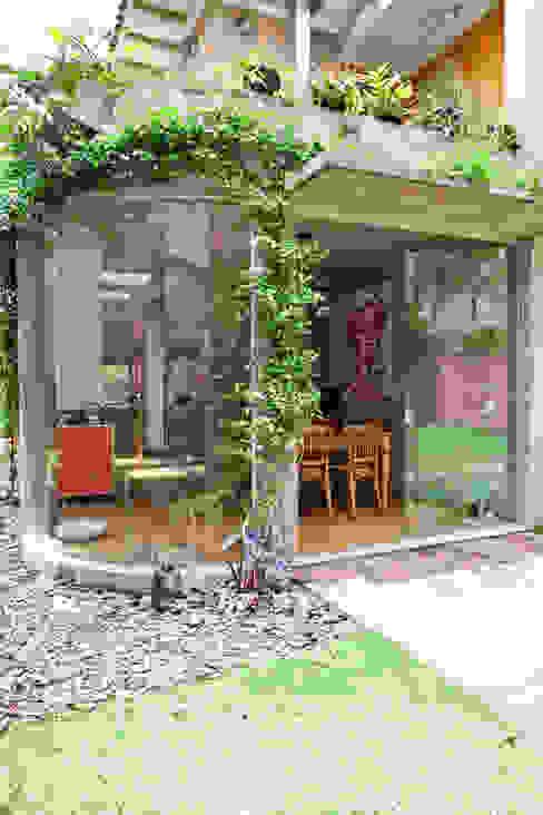 Jardin d'hiver de style  par Estúdio Paulo Alves, Moderne