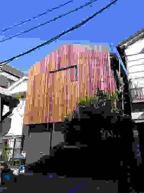 葛飾の住宅 モダンな 家 の ㈱姫松建築設計事務所 モダン