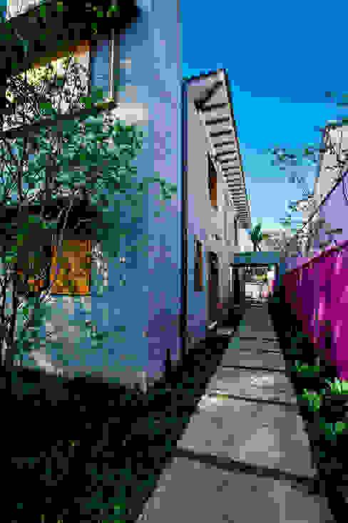 Jardines de estilo  por Estúdio Paulo Alves