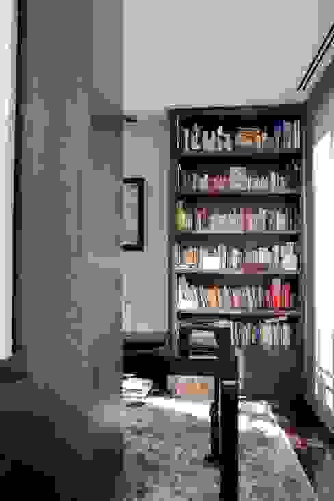 PINO Estudios y despachos de estilo moderno de MILLENIUM ARCHITECTURE Moderno