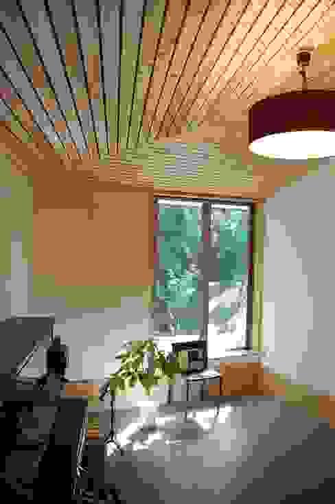 奏でるsumai モダンデザインの リビング の 一級建築士事務所アトリエ樫 モダン