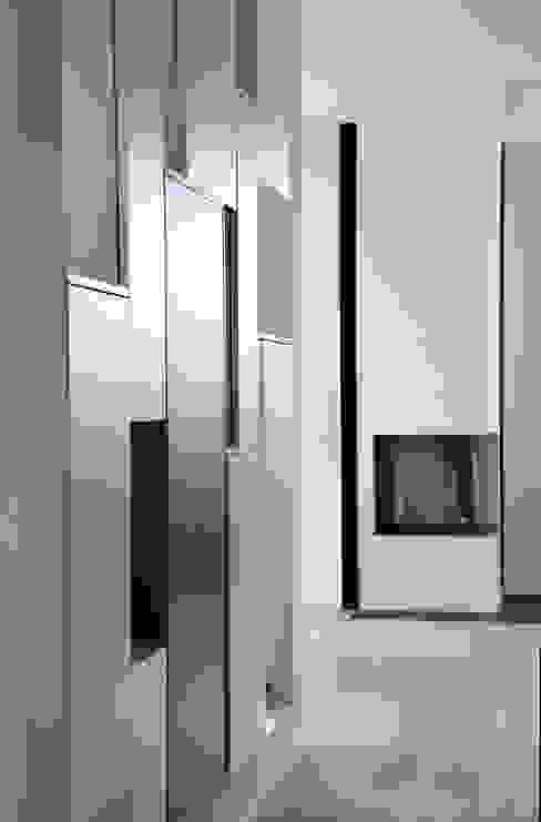 Moderne woonkamers van Marcus Hofbauer Architekt Modern