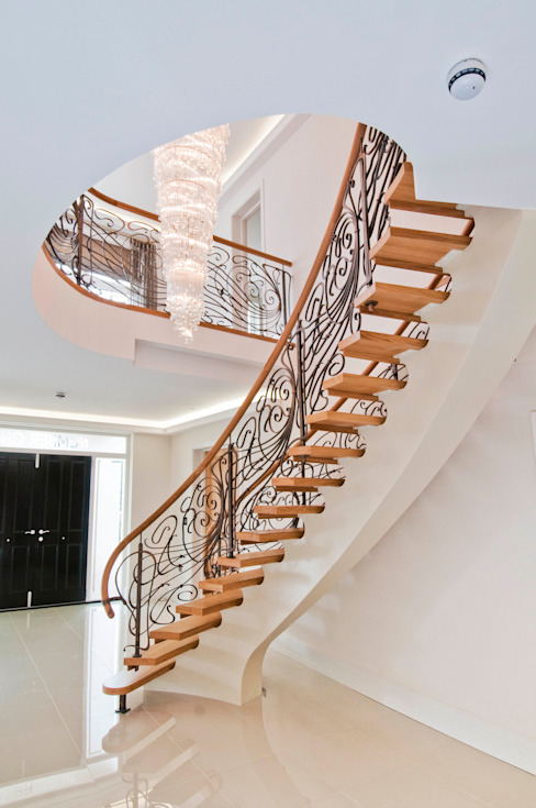 BESPOKE STAIRCASE Modern Corridor, Hallway and Staircase by Shandler Homes Ltd Modern
