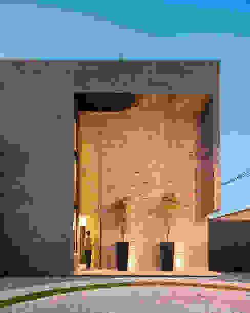 Industriële huizen van Proyecto Cafeina Industrieel Steen