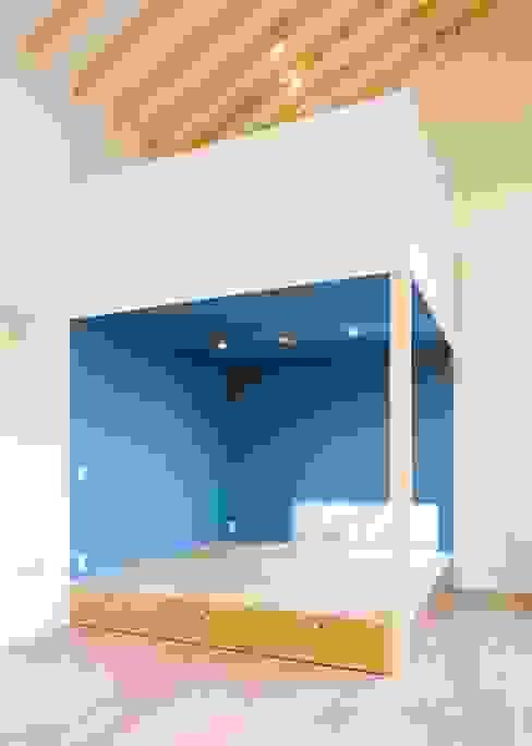 畳スペース オリジナルデザインの 多目的室 の Unico design一級建築士事務所 オリジナル