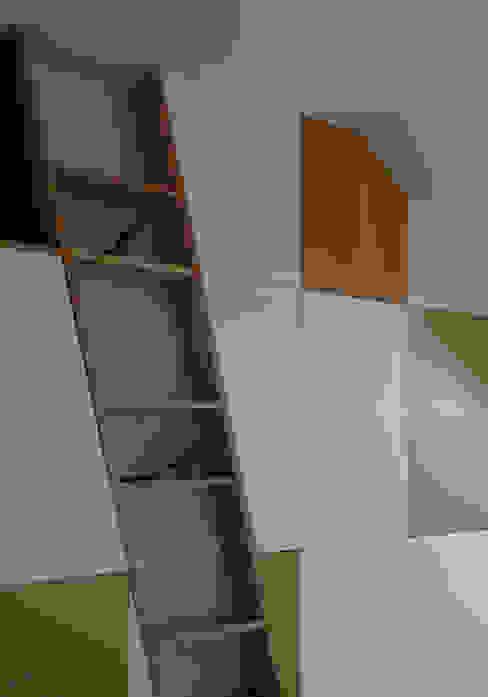 modern  door UN AMOUR DE MAISON, Modern