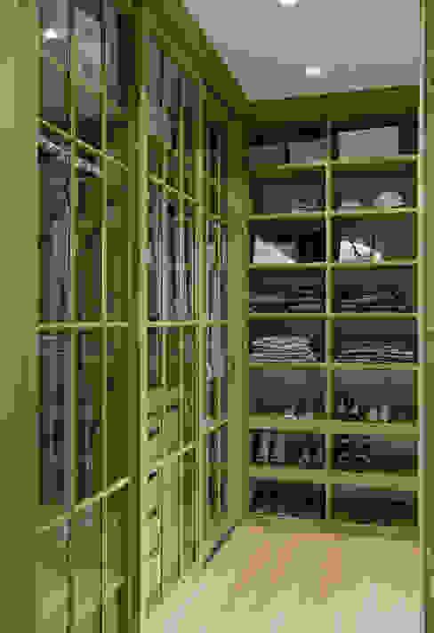 Квартира в ЖК Янтарный Город Гардеробная в эклектичном стиле от MARION STUDIO Эклектичный
