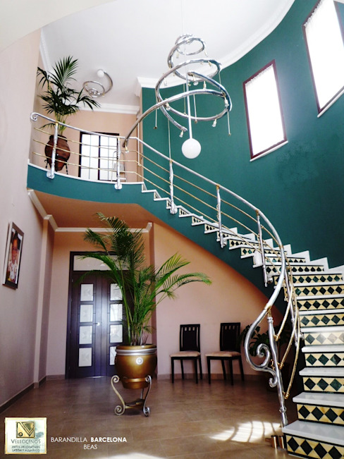 VELLOCINOS Couloir, entrée, escaliers modernes Ambre/Or