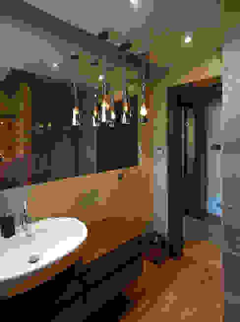 Ванная комната в стиле модерн от Pracownia Projektowa Wioleta Stanisławska Модерн