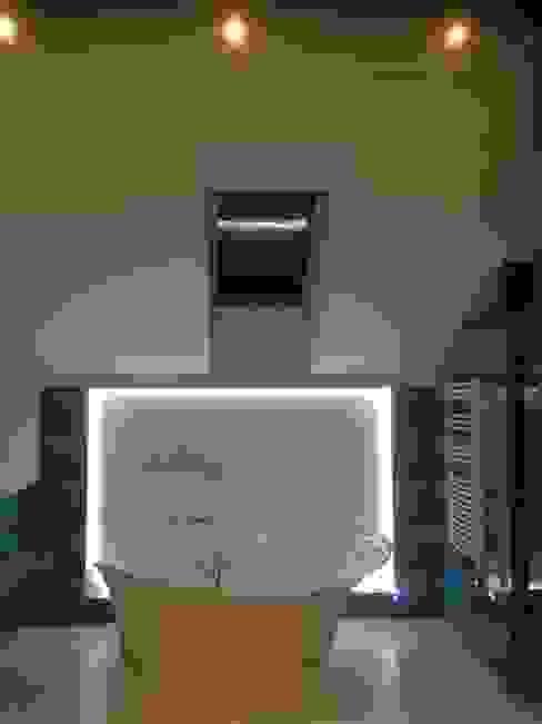 Phòng tắm phong cách hiện đại bởi Pracownia Projektowa Wioleta Stanisławska Hiện đại