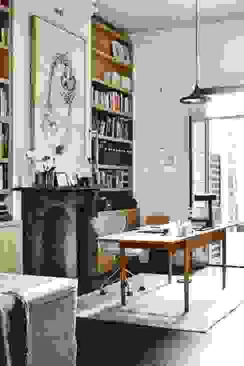 Espacios decorados by CUSTOMS handmade Paredes y pisos modernos de CUSTOMS handmade Moderno