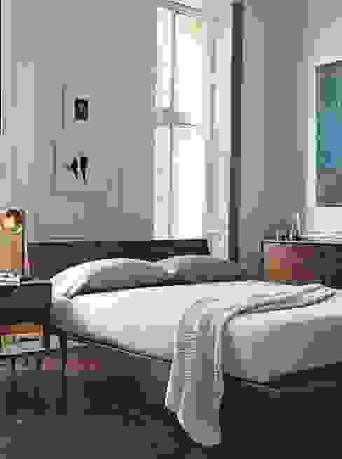 Espacios decorados by Wallart Paredes y pisos de estilo moderno de CUSTOMS handmade Moderno