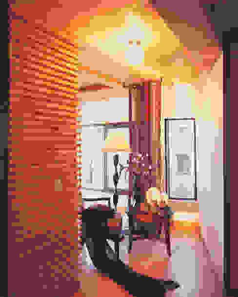 Living room by 국민대학교, Modern