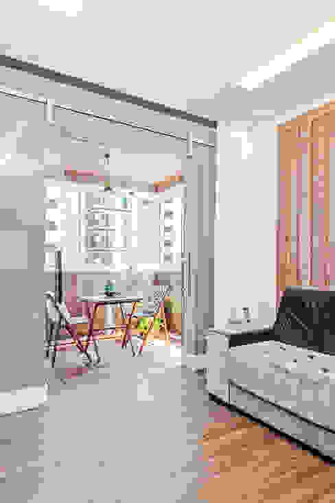 Apartamento 601 Varandas, alpendres e terraços modernos por Patrícia Azoni Arquitetura + Arte & Design Moderno