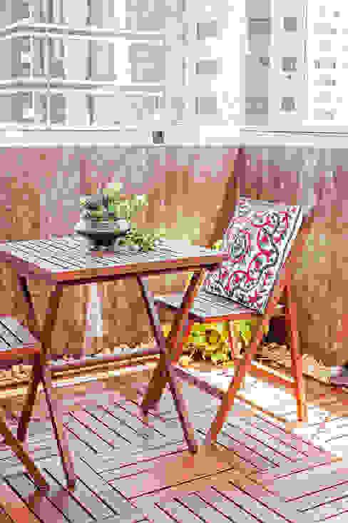 Balkon, Beranda & Teras Modern Oleh Patrícia Azoni Arquitetura + Arte & Design Modern