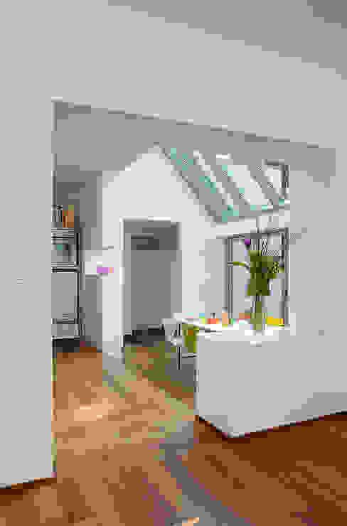 Elkin + Brombach Architekten의  주방