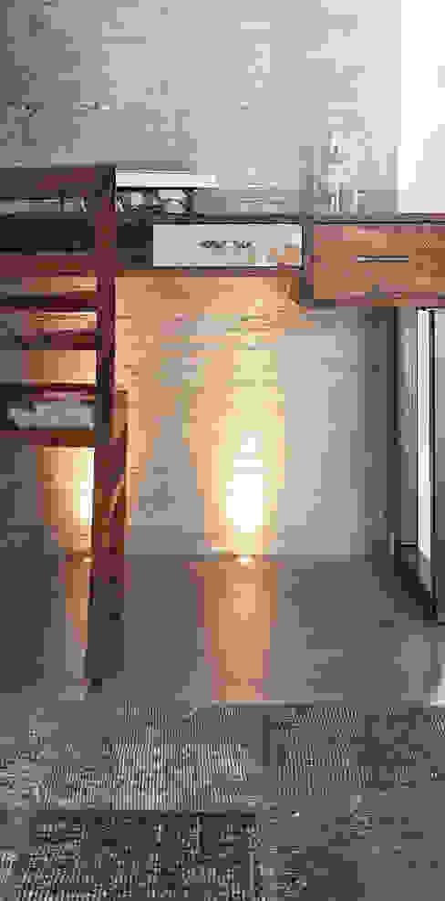 Villa di campagna:  in stile industriale di BRANDO concept, Industrial