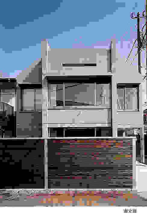 太田照己/都市・建築デザインファーム의  주택, 인더스트리얼