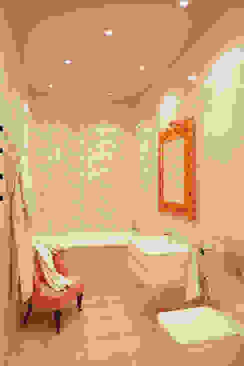 미니멀리스트 욕실 by BIARTI - создаем минималистский дизайн интерьеров 미니멀 세라믹