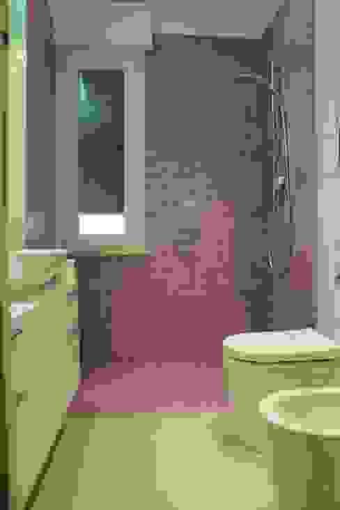 Baños de estilo  por Giuseppe Rappa & Angelo M. Castiglione,