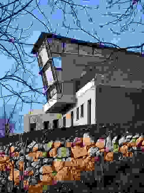 Maison individuelle Maisons modernes par SARL DIDIER ALLIBERT Moderne