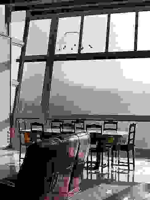 Maison individuelle SARL DIDIER ALLIBERT Fenêtres & Portes modernes