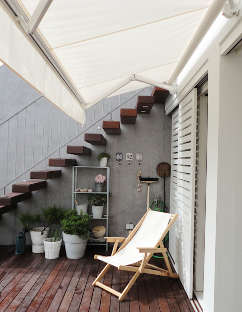 Eclectic style balcony, porch & terrace by GAAPE - ARQUITECTURA, PLANEAMENTO E ENGENHARIA, LDA Eclectic