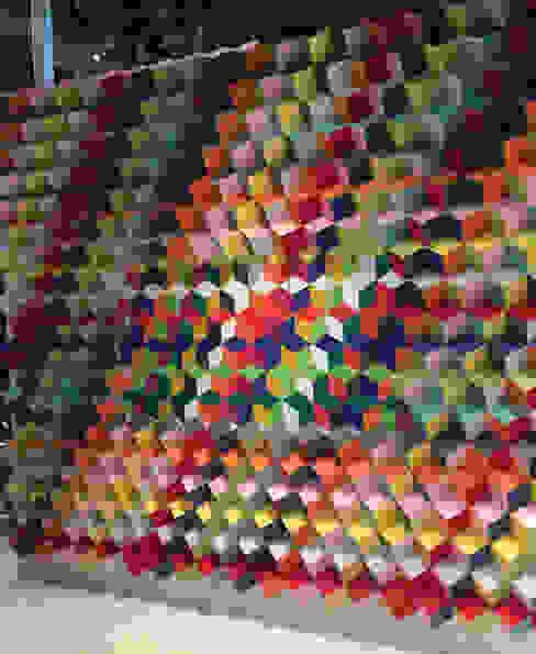 モダンスタイルの 玄関&廊下&階段 の AMOATO STUDIO SA DE CV モダン 紙