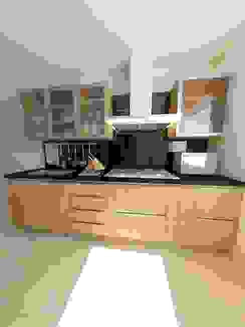 Moderne Küchen von OPFA Diseños y Arquitectura Modern