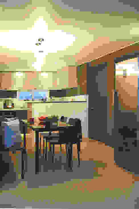 대전광역시 서구 둔산동 햇님마을 아파트 27PY 모던스타일 다이닝 룸 by 위드디자인 모던