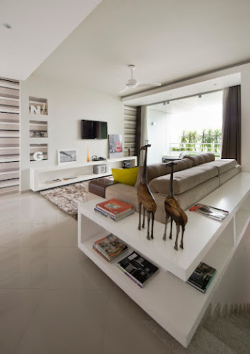 Salones de estilo moderno de Magno Moreira Arquitetura Moderno