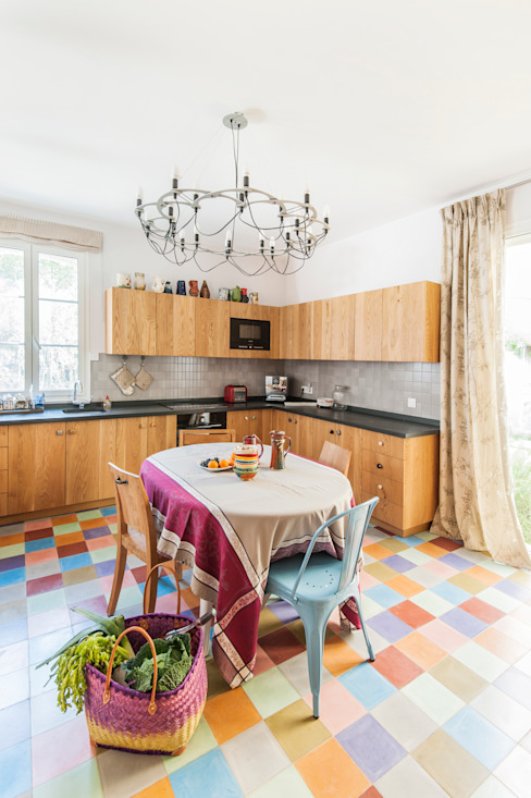 Mediterranean style kitchen by goodnova godiniaux Mediterranean