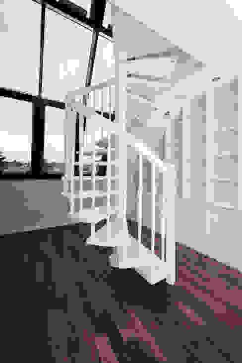 Dachgeschosswohnung Klassische Arbeitszimmer von Cordier Innenarchitektur Klassisch