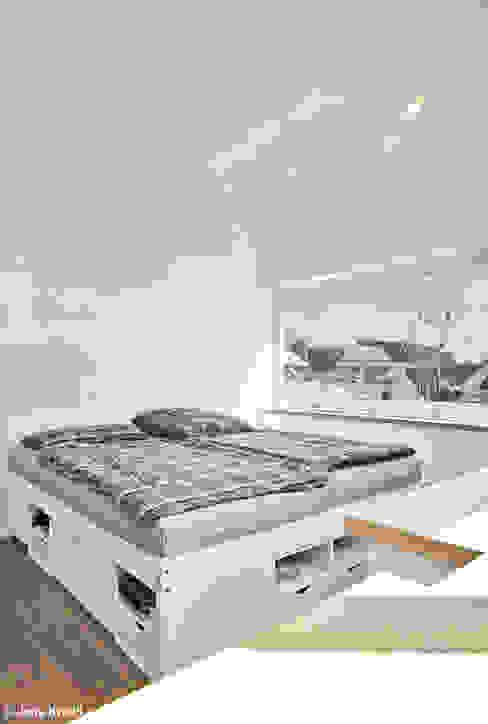 """Hausboot """"Lykke"""" l Hamburg Moderne Schlafzimmer von Rost.Niderehe Architekten I Ingenieure Modern"""
