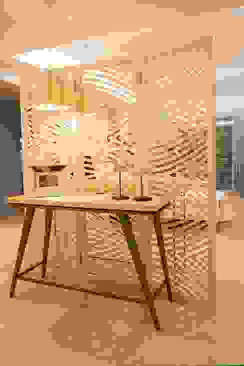 VIVIR Y TRABAJAR JUNTO AL MAR Pasillos, vestíbulos y escaleras modernos de Ines Calamante Diseño de Interiores Moderno