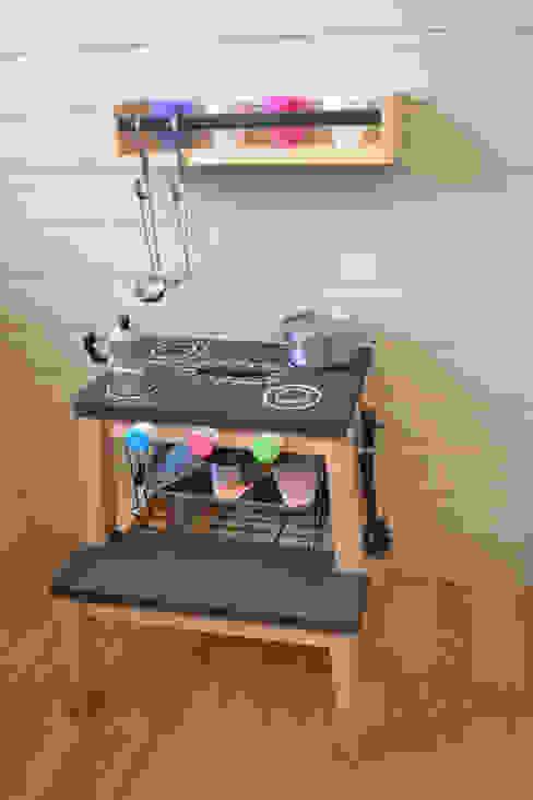 Lavori Phòng trẻ em phong cách hiện đại bởi Home Lifting Hiện đại