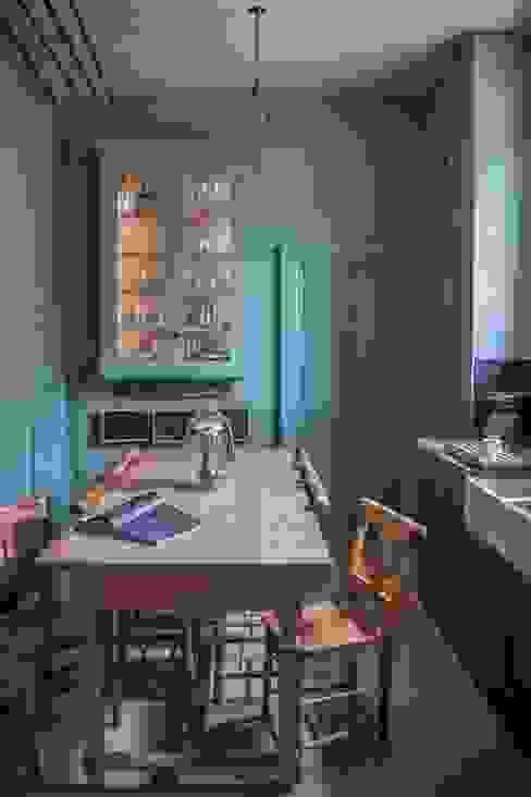 Cotswold Chapel Kitchen Wiejska kuchnia od homify Wiejski Lite drewno Wielokolorowy
